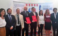 Madrid se alía con la Fundación Dacer para mejorar los cuidados de los pacientes con daño cerebral