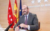Madrid incrementa un 1,5% el salario a los sanitarios, según ha expuesto esta mañana el portavoz regional, Pedro Rollán.