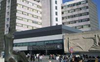 Fachada del Hospital Universitario La Paz