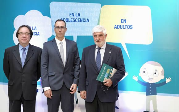 De izq. a dcha: Amós García Rojas, Manuel Cotarelo y Fernando Moraga-Llop