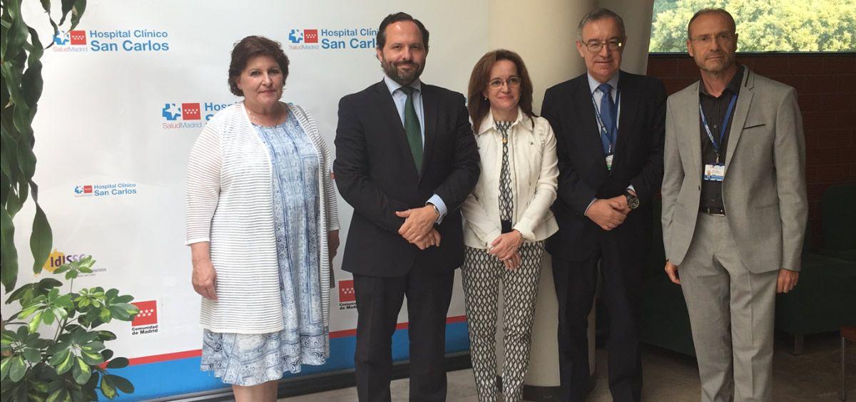 De izq. a drcha.: Begoña Barragán, Diego Sanjuanbenito, Marta Sánchez Celaya, José Soto y Julio Zarco, en la presentación del Comité de Pacientes