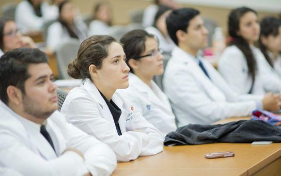 Sólo el 44% de los alumnos que quieren estudiar Medicina en Baleares procede de la región