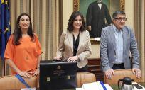 Carmen Montón, ministra de Sanidad, Consumo y Bienestar Social, durante la Comisión de Sanidad