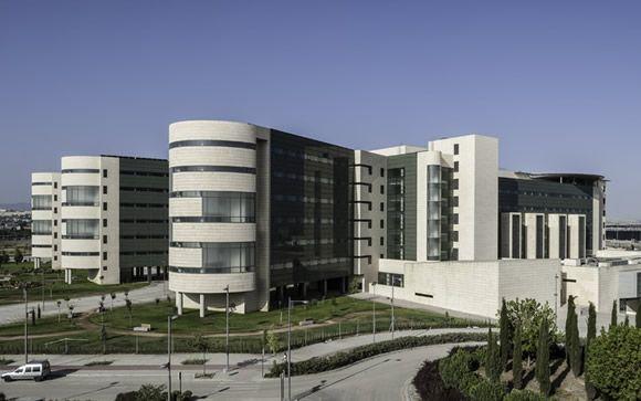 Con la puesta en marcha del Hospital Campus de la Salud, Granada culmina su proceso de fusión hospitalaria.