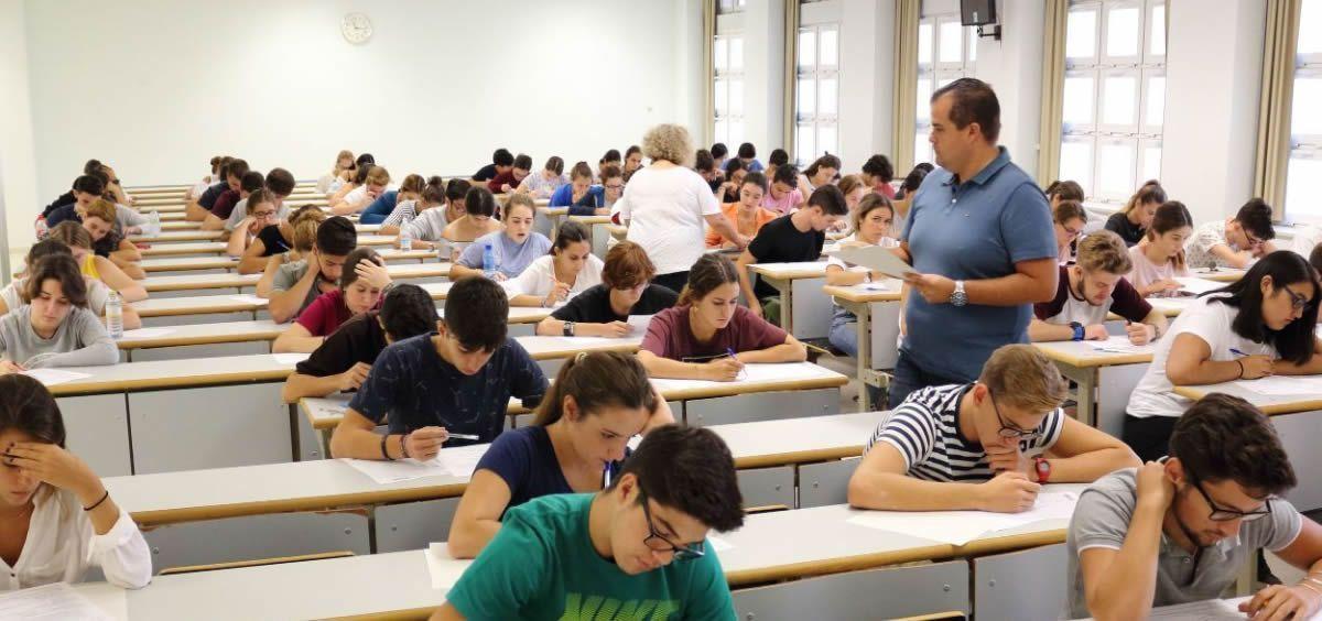 Cataluña, el sitio más caro para estudiar Medicina