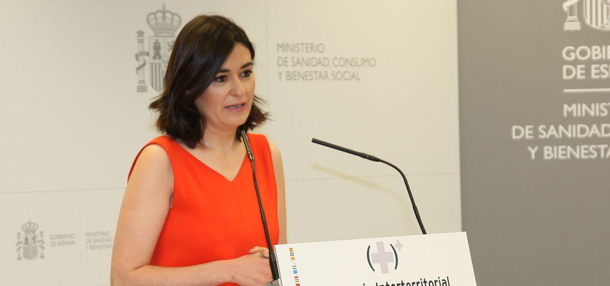 La ministra de Sanidad, Carmen Montón, ha informado de los pasos que prevé dar para completar la sanidad universal.