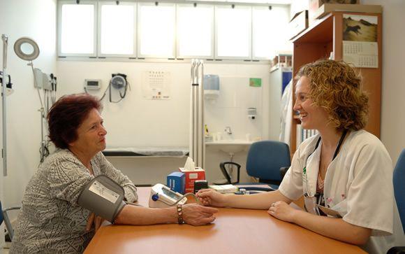 Ninguna autonomía garantiza a los médicos de Primaria los 10 minutos por paciente que exigen