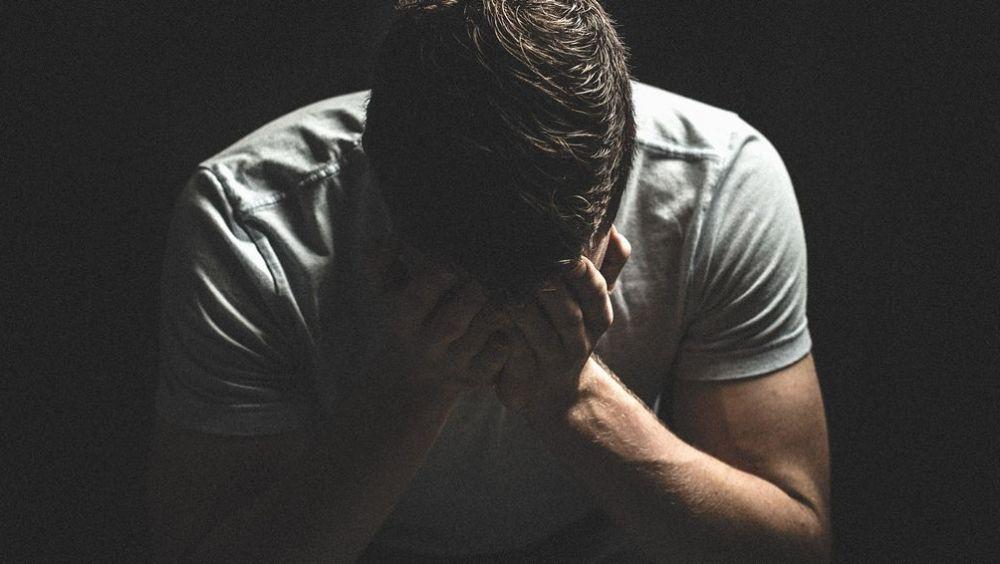 Con 9,87 fallecimientos diarios, España es el sexto país de la Unión Europea con más casos de suicidio: 3.604 al año.