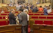 El bloqueo entre independentistas retrasa la agenda sanitaria en el Parlament de Cataluña.
