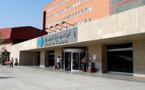 Hospital Arnau de Vilanova, donde fue atendida en un primer momento la paciente que sufrió varias negligencias médicas