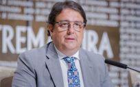 Las listas de espera sanitarias de Extremadura se han reducido un 9,94% en un año