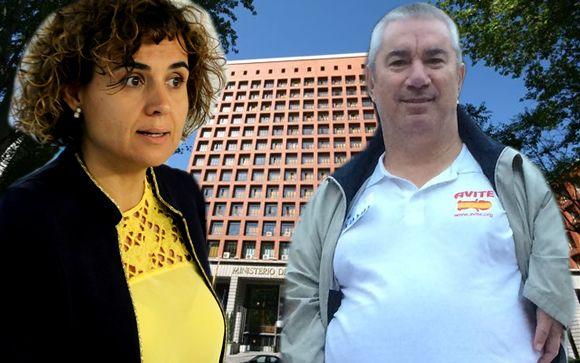 La ministra de Sanidad, Dolors Montserrat y el vicepresidente de Avite, Rafael Basterrechea