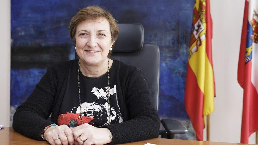 María Luisa Real es la consejera de Sanidad de Cantabria