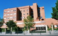 El primer caso de coronavirus en Madrid ha sido trasladado al Hospital Carlos III.