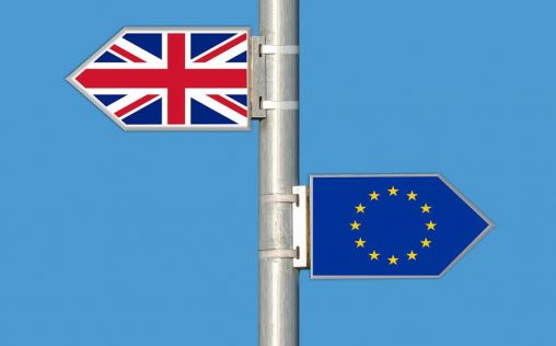La falta de acuerdo de Brexit sigue golpeando a la industria farmacéutica