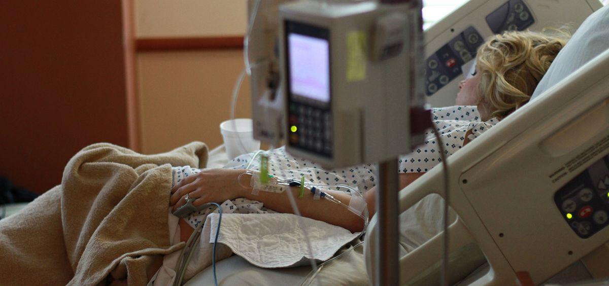 """Un estudio realizado por investigadores españoles concluye que la familia suele elegir el hospital """"por inseguridad"""" y que los profesionales poseen formación pero """"no se siente preparados""""."""