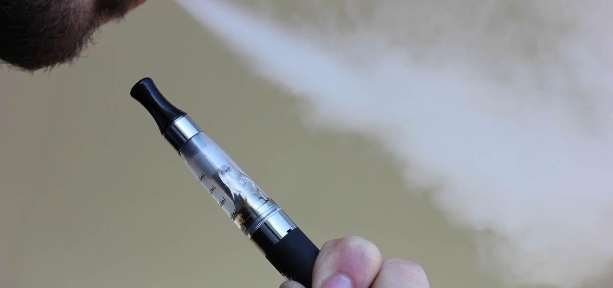 La India e Israel buscan salvaguardar la salud pública de sus ciudadanos y le están plantando cara a los cigarrillos electrónicos