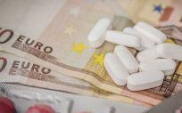 Hasta cinco comunidades autónomas proporcionan ayudas a colectivos vulnerables para compensar por el copago farmacéutico.