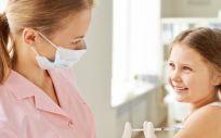 Los pediatras aconsejan la vacunación contra la gripe para prevenir las complicaciones graves en niños sanos