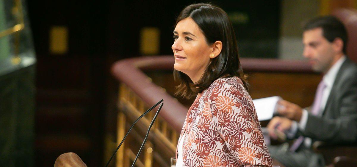 Carmen Montón, exministra de Sanidad, defendiendo el RD de universalidad (Foto: Congreso)