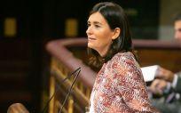 Carmen Montón, ministra de Sanidad, Consumo y Bienestar Social, durante su comparecencia este jueves en el Congreso de los Diputados.