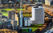 Maqueta del nuevo edificio que será sede de la EMA en Ámsterdam