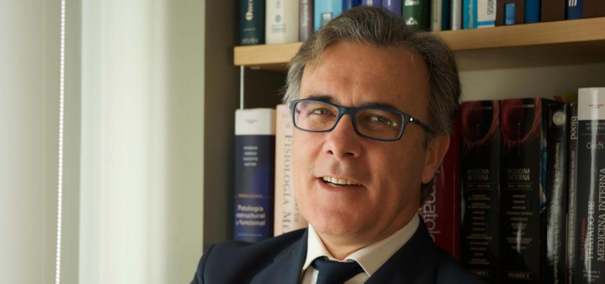 El doctor Carlos Solano, jefe del Servicio de Hematología del Hospital Clínico de Valencia, ha explicado la situación de los trasplantes haploidénticos