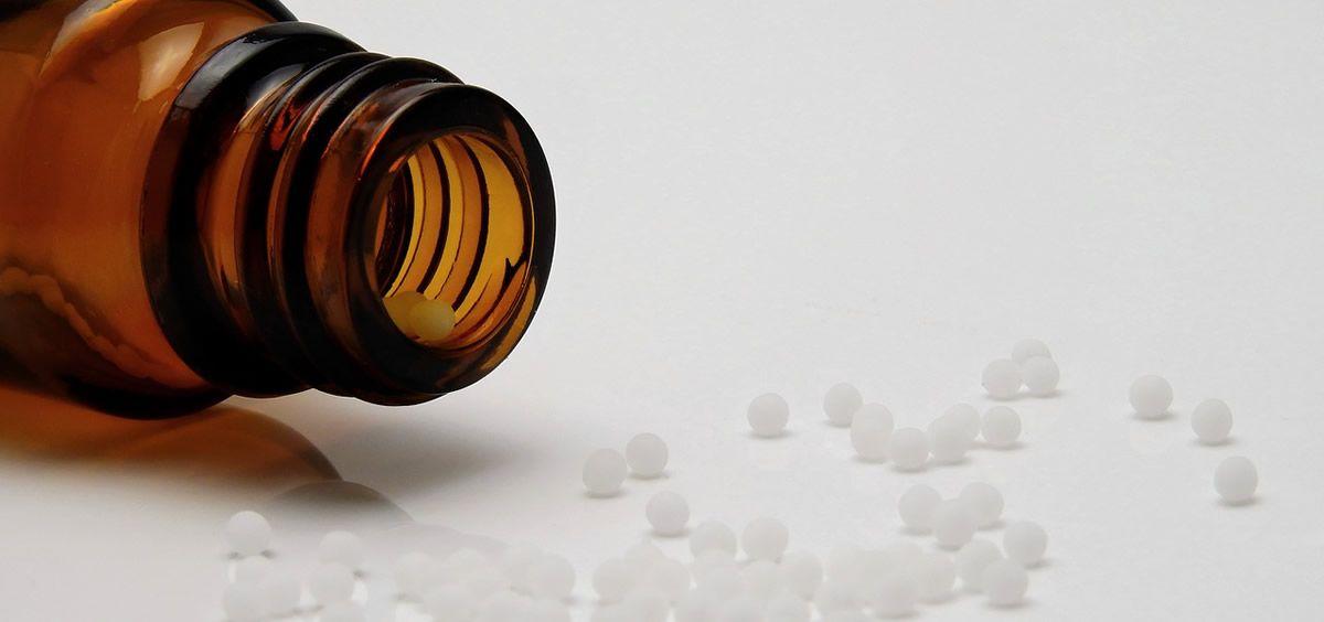 El paciente al que se le recetó el producto homeopático para tratar su infección tiene 11 años