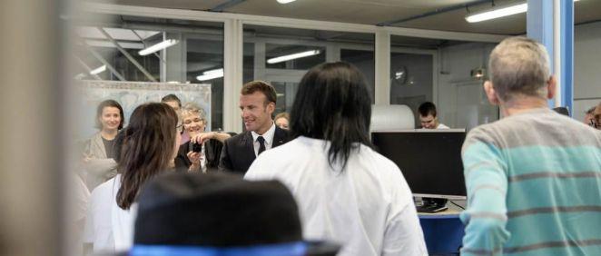 Emmanuel Macron, presidente de la República, de visita en un hospital francés