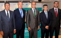 De izquierda a derecha: Manuel Vilches, Luis Mayero, Enrique Ruiz Escudero, Adolfo Fernández-Valmayor y Joan Barrubés, este miércoles en la presentación del estudio