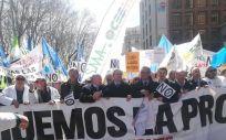 Cabecera de la manifestación de médicos celebrada el pasado 21 de marzo, a su paso por el Ministerio de Sanidad   Imagen: Juanjo Carrillo Córdoba - ConSalud.es