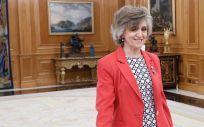 María Luisa Carcedo, ministra de Sanidad, tomando posesión de su cargo en el Palacio de la Zarzuela.