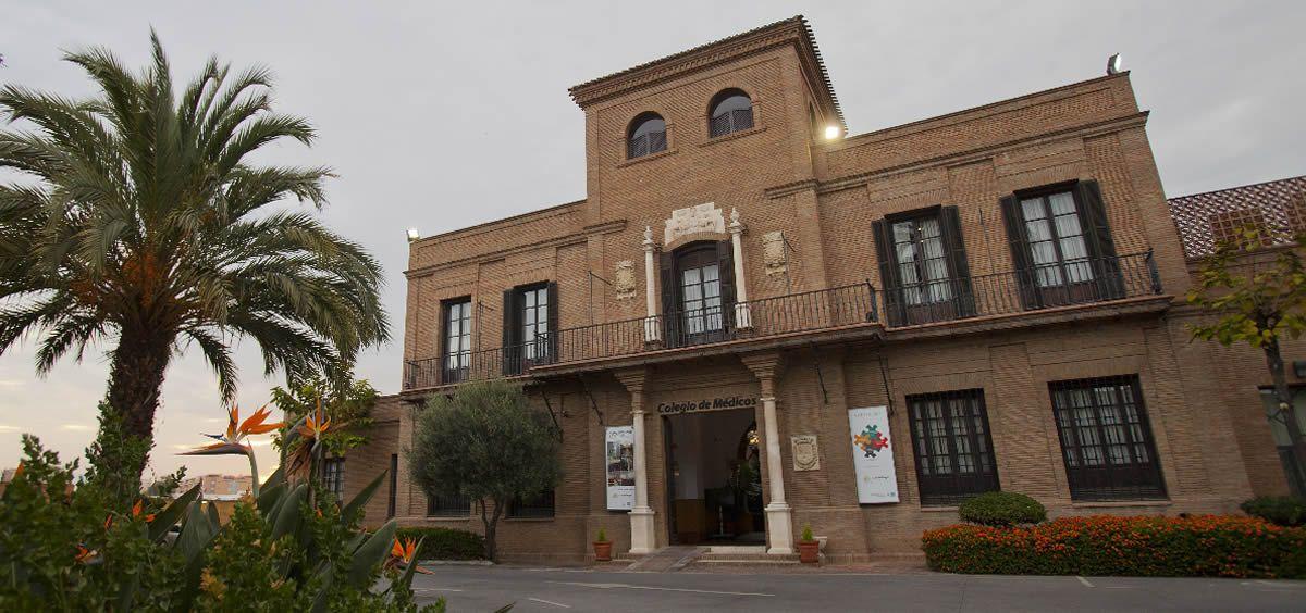 Fachada del Colegio Oficial de Médicos de Málaga
