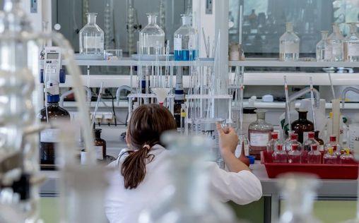 La industria farmacéutica saca pecho en investigación contra el cáncer