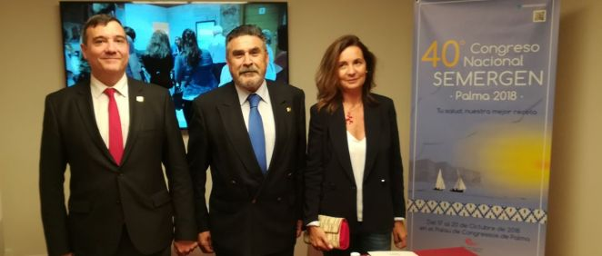 De izquierda a derecha: los doctores Fernando García Romanos, José Luis Llisterri y Ana Moyá, en la presentación del 40º Congreso Nacional SEMERGEN