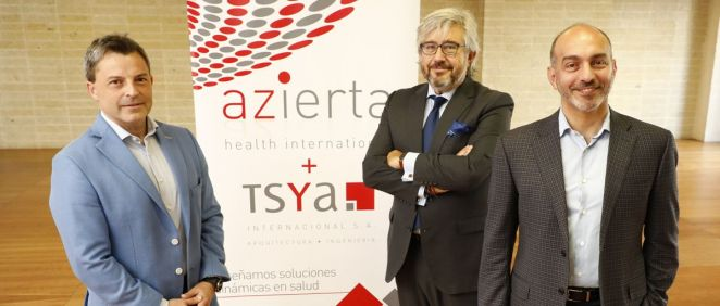 De izquierda a derecha: Gonzalo Rodríguez, Ángel Navarro y Alex Jadad han expuesto este martes cómo serán los hospitales del futuro