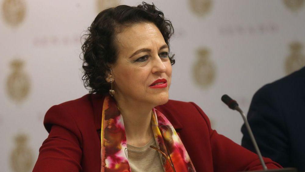 Magdalena Valerio, ministra de Trabajo, Migraciones y Seguridad Social, durante su intervención en el Senado