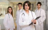 Los residentes de medicina y enfermería que eligen Asturias crecen un 19%