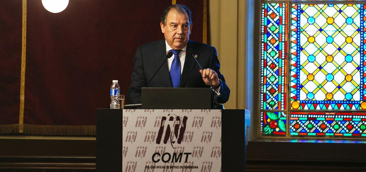 El doctor Fernando Vizcarro, presidente del Colegio Oficial de Médicos de Tarragona