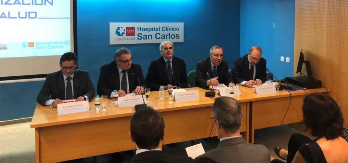 Ruiz Escudero durante la inauguración de la jornada 'Digitalización de la salud'