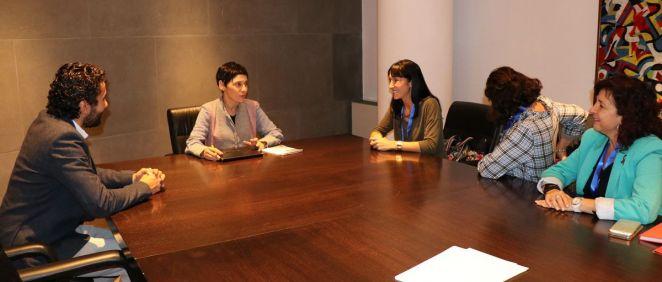 Reunión entre representantes del PSOE y los sindicatos CC.OO. y UGT.