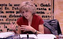 María Luisa Carcedo, ministra de Sanidad, interviniendo este jueves en el Senado.