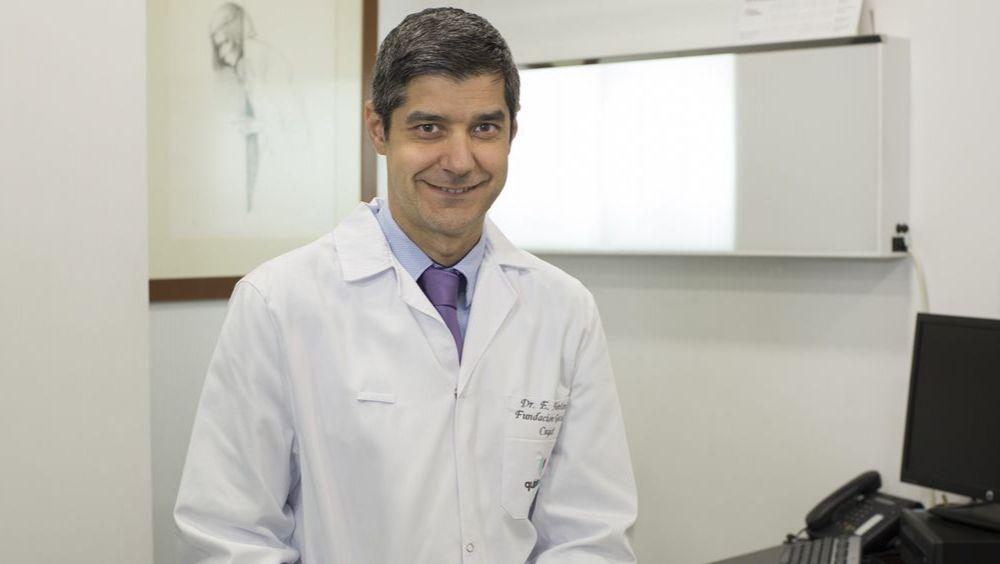 Dr. Alentorn, especialista en cirugía reconstructiva de hombro y codo, cirugía artroscópica y tratamientos biológicos del equipo del Dr. Ramon Cugat