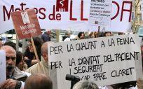 Movilización de profesionales sanitarios con la participación del sindicato Metges de Catalunya.