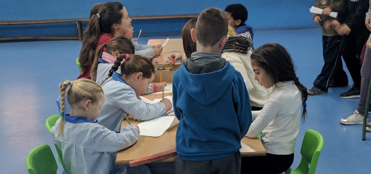 El proyecto cuenta, para el curso 2018-2019 con el respaldo de Bankia y el Ayuntamiento de Valencia, además del grupo Ribera Salud y el voluntariado, que este año son ya 20 personas