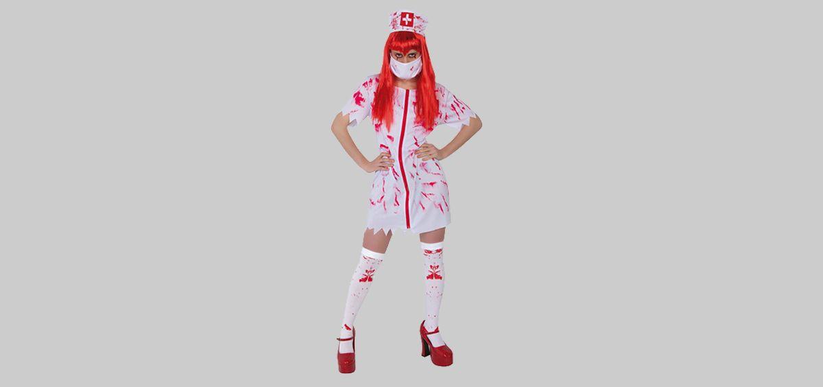 Disfraz de 'enfermera sangrienta' de El Corte Inglés con vestido ajustado, cofia en la cabeza, falda corta, medias para liguero y tacones con plataforma que han denunciado desde Satse