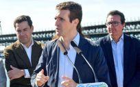 Pablo Casado, durante su visita a Huelva