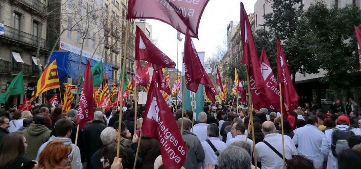 El sindicato Metges de Catalunya diseña ya el calendario de acciones mientras llega o no la reacción de la Generalitat a sus demandas.