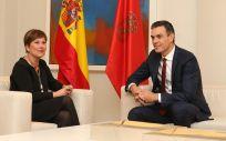 La presidenta de Navarra, Uxue Barkos, junto al presidente del Gobierno, Pedro Sánchez, en un reciente encuentro en La Moncloa.
