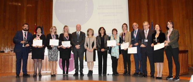 Foto de familia de los galardonados en los XI Premios NAOS, donde Carcedo ha anunciado la implantación del etiquetado nutricional frontal